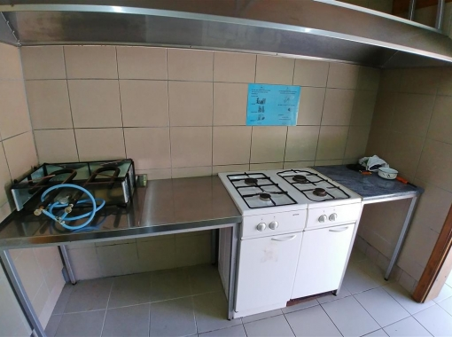 Common kitchen at Camo Vodenca